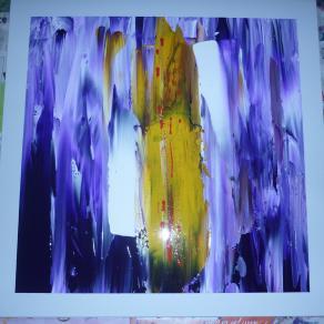 Deep violet: Light in presence